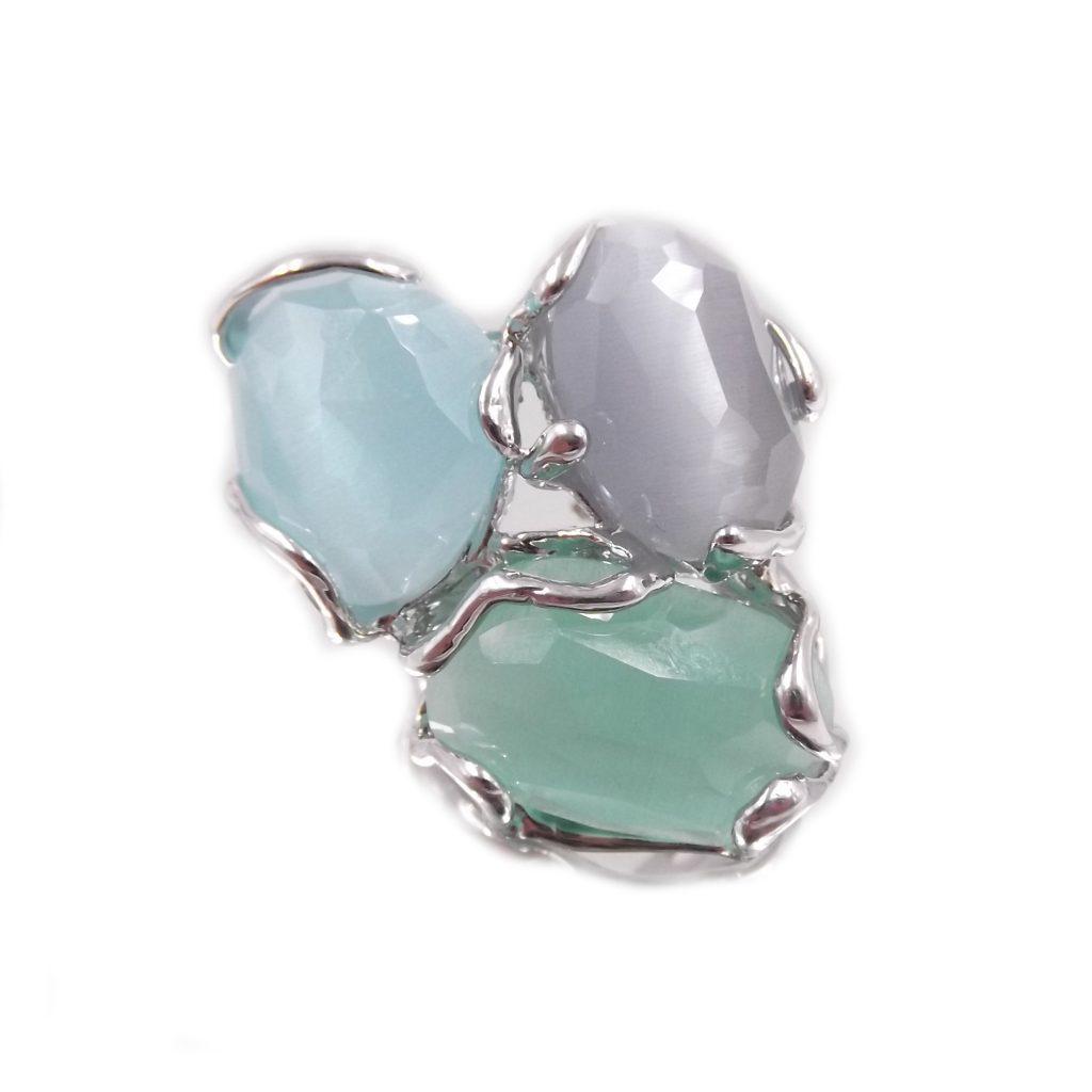 anello da donna con pietre dure